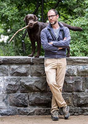 Dr. Alexander Schug mit Hund Otto