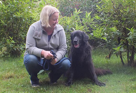 Steffie mit Hund Carlo