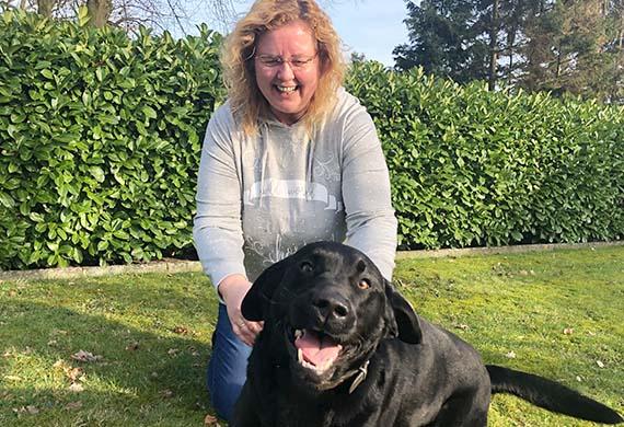 Ulrike Gehlenborg mit Hund Bolle