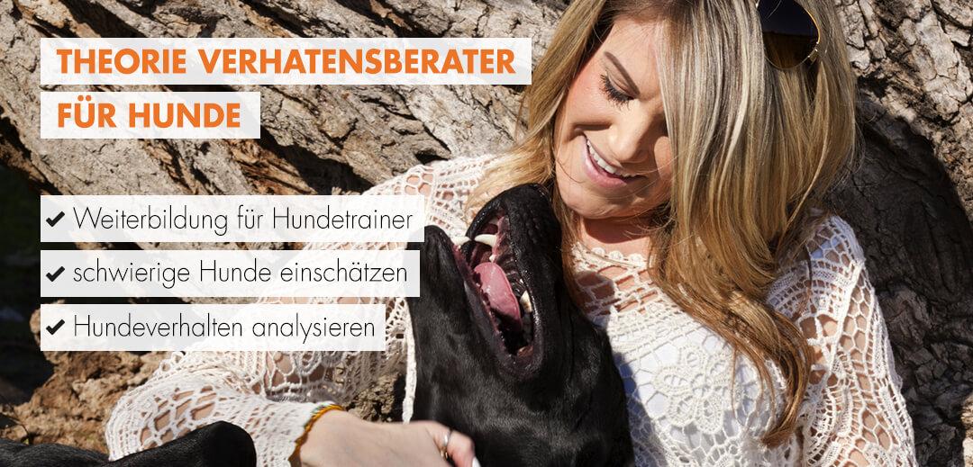 Verhaltensberater für Hunde Theorie Frau mit Hund